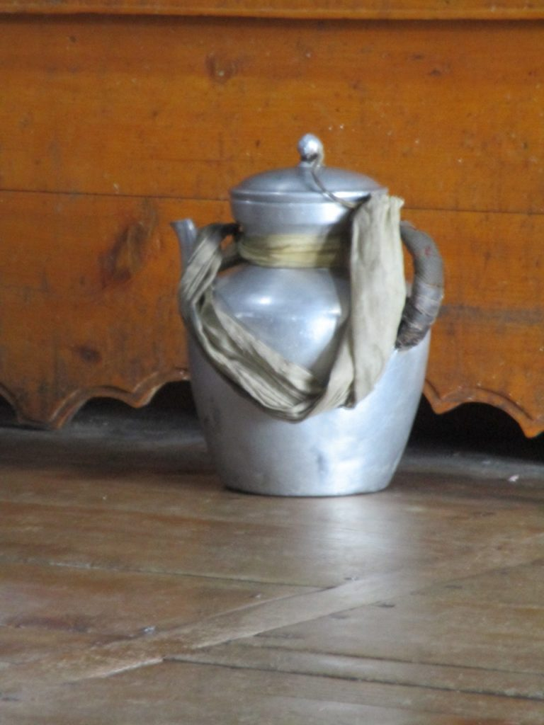 Butter tea teapot