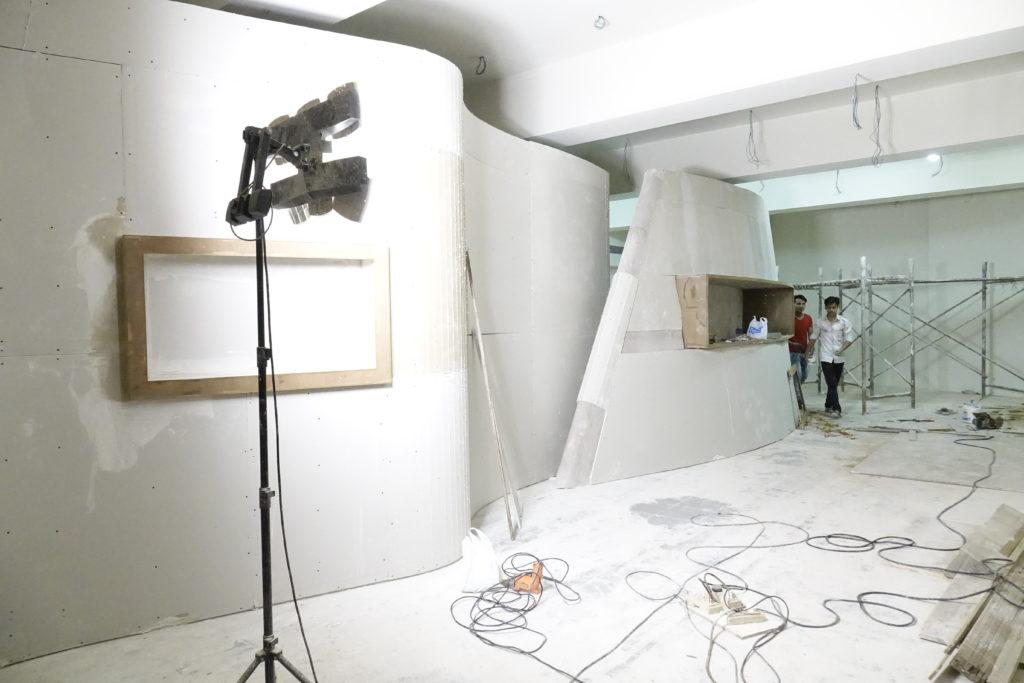 Preparing the Section 'Shared Beginnings' ©CSMVS, Mumbai