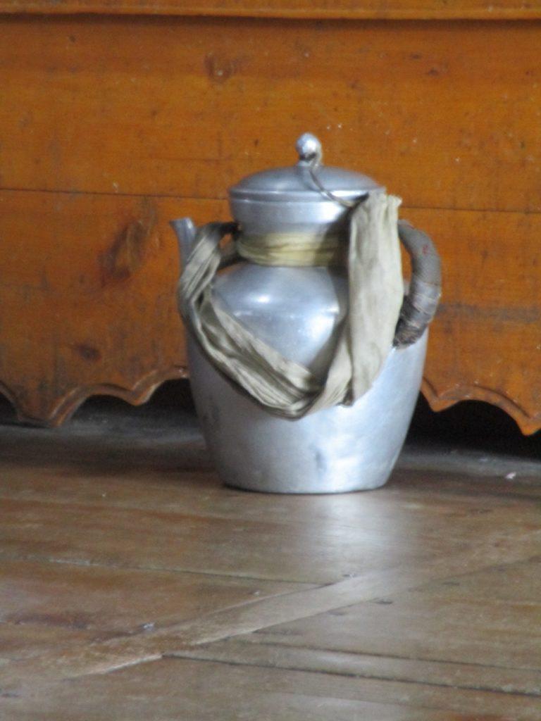 Butter tea teapot
